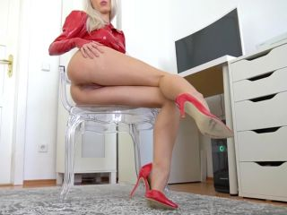 CandyXS - Sklave - Leck mich sauber