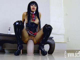 Online porn - SicFlics presents Helens gargantuan dildo fuck – 19.09.2018 big dildos