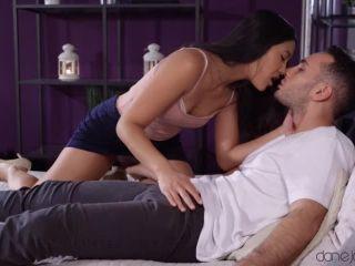 May Thai - Sweet sex with hot Thai girlfriend
