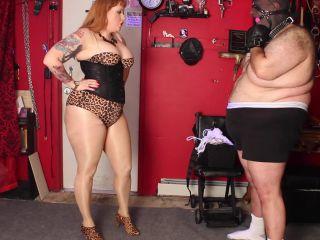 Julie Simones Fetish Mega Store - Mistress Julie Simone - Ballbusting Punishment!!!