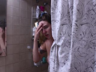 STEP SISTER CATCHES YOU WATCHING HER IN THE SHOWER POV/JOI