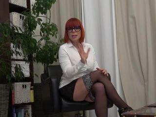 JolyneJoy - Jolyne Joy klaert auf Teil 2  - porn - german amateur older videos