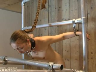 Pling - large nipples milked