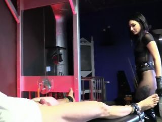 Femdom mistress cybill troy cum extraction tied slave cock with sounding!