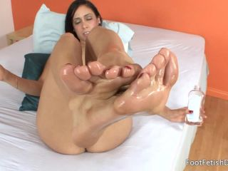Nadia Lopez Oil and Toes Nadia Lopez