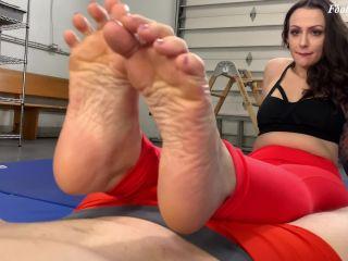 Lola Jean's Yoga Feet – Foot Guy James Footjobs!!!