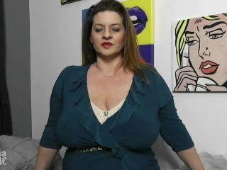 femdom feet fetish Maria Moore - Stepmom Bra Fetish [FullHD 1080P], huge boobs on milf porn