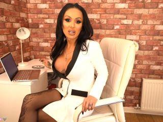 Mia Maffia – Office Bitch (9 December 2020)
