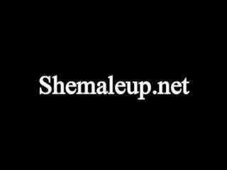 Online shemale video Fashionista Danni Daniels