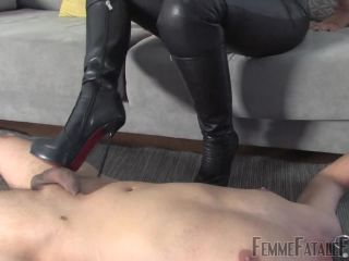 Femmefatalefilms - Mistress Heather - First Time Busting Complete!!!