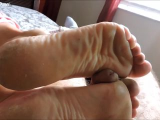 midwest milf pumps cock hard with dry heels  in heaven with evan