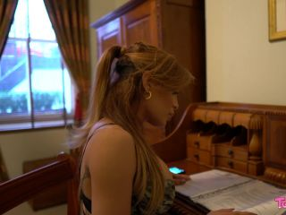 Online shemale video Euro Superstar Vanessa Jhons