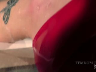 Young Goddess Kim - Soaking Latex and Stilettos | young goddess kim | masturbation