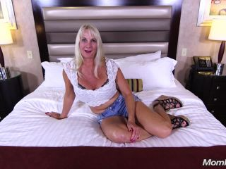 Online video Pheobe (Cougar really loves fucking / 2017-09-21) milf