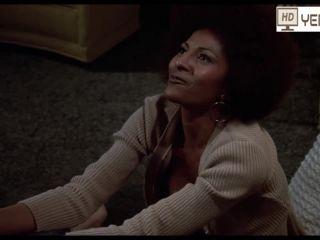 Pam Grier , Lisa Farringer , Marilyn Joi in Coffy 1973