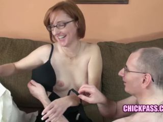 Raunchy hewife layla redd gets her mature pussy pounded