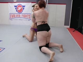 evolvedfightslez Cheyenne Jewel vs Mistress Kara