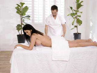 Big Titty MILFS 29 – Reagan Foxx | reagan foxx | milf