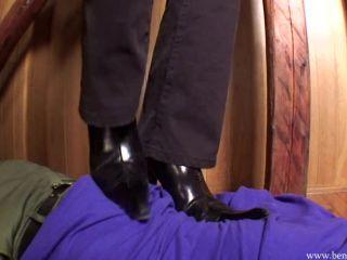 BeneathSoles – bs_000 - jumping - feet porn dannii harwood femdom