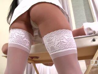 Masseuse In High Heels
