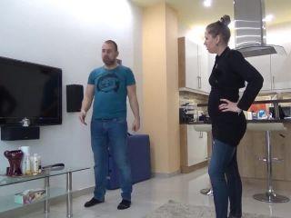 Lady Cruellas games – The Untalented TV Mechanic – Headscissor, femdom chastity on femdom porn