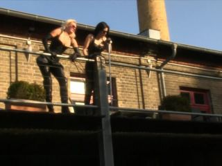 SADO LADIES - Mistress Akella, Blackdiamoond - Whipped Worker!!!