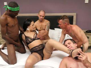 TSRaw: Bruna Castro - Bareback Gangbang , hardcore love making on hardcore porn