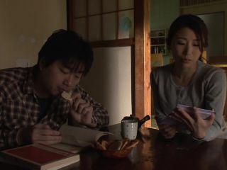 JUX-581 Seduce The Son Sunburn Mother Shinoda History