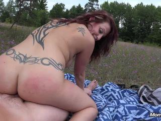 Online porn - Mompov presents Roxanne milf