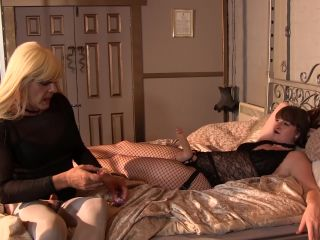princess carmela femdom Vivienne l Amour - Pimped Sissy Training 2. Strapon Blowjob Training, strapon on femdom porn