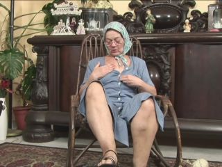 Old maturero granny gets fucked hard by huge cock!