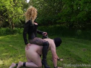 The English Mansion Miss Suzanna Maxwell Two Way Whipping Part 1