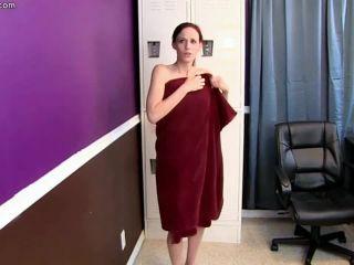 Primal Fetish – Open your chakra – Yoga Master 2 Jasmine Wolff