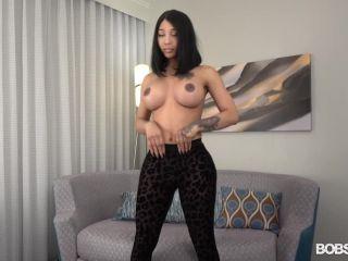 Video online Megan Snow - Bootylicious Megan [SD 540p]