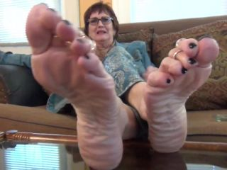 femdom - Sweet Southern Feet presents Poppy Dirty talks and Sole Teases Just For You