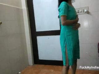 Skinny indian gf dancing in shalwar suit stripped full and doing nude dance!?