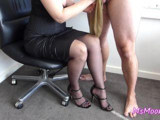 [FULL] Femdom leg worship ♥ Handjob and legjob ♥ Cumshot on stockings