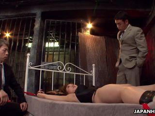 Hinata Komine in a gangbang