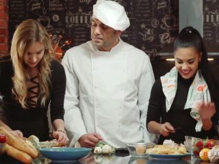 Angel Piaff, Apolonia Lapiedra - The best cooking show