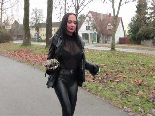 Fetish Diva Nadja – Fetischclip privat Nr.238 – Femdom POV