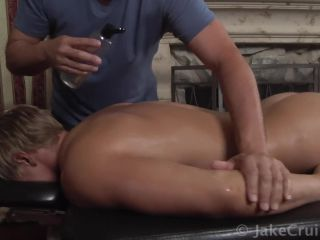 Brady jensen massaged by jake ise!