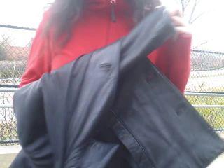 Porn tube Nicole Niagara – Teen Masturbates on Public Trail