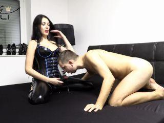 Dirty cocksucker! Blowing like a suck whore – Lady Meli on german retro blowjob