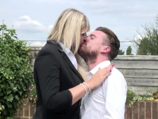 Lucy B 31 - British horny housewife fucking and sucking - FullHD 108 ...