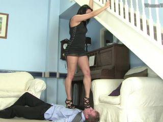 Women Worship - Chloe Lovette - Under Miss Chloe's Feet (Parts 1-5) - handsmother on bdsm porn