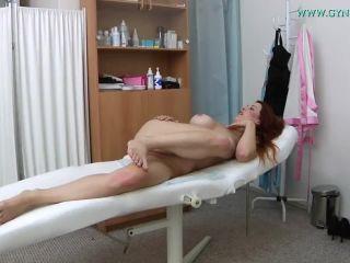 Isabella gyno exam
