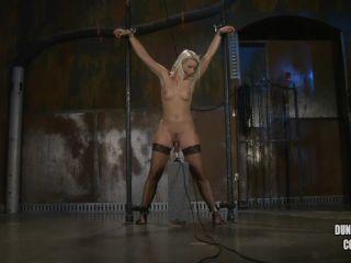 Online Fetish video CumBots – Electric Anikka – Anikka Albrite