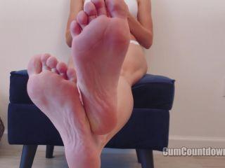 CumCountdown - You Know Your Place - Goddess Nikki!!!