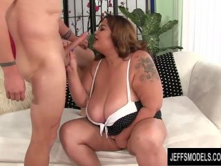 Asian bbw miss lingling tastes white dick and getsrcilessly pounded