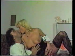 Viola Life #5 – Der Votzen Doktor 480p - feature - fetish porn femdom foot humiliation